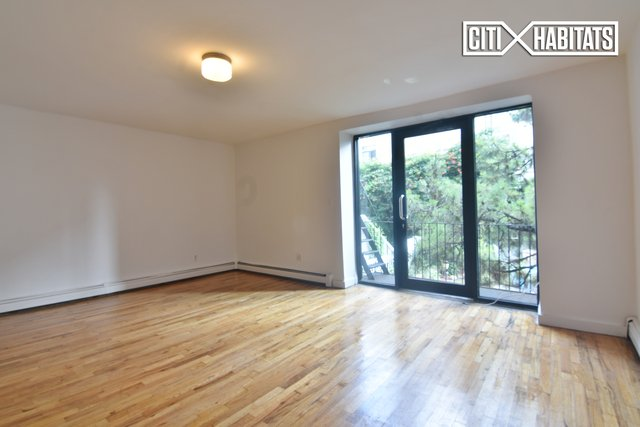 2 Bedrooms, Carroll Gardens Rental in NYC for $2,350 - Photo 2