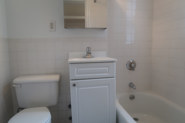 Studio, Manhattan Valley Rental in NYC for $2,700 - Photo 2