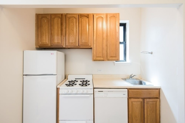 1 Bedroom, Turtle Bay Rental in NYC for $2,600 - Photo 2