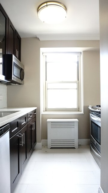 2 Bedrooms, Tribeca Rental in NYC for $6,495 - Photo 2