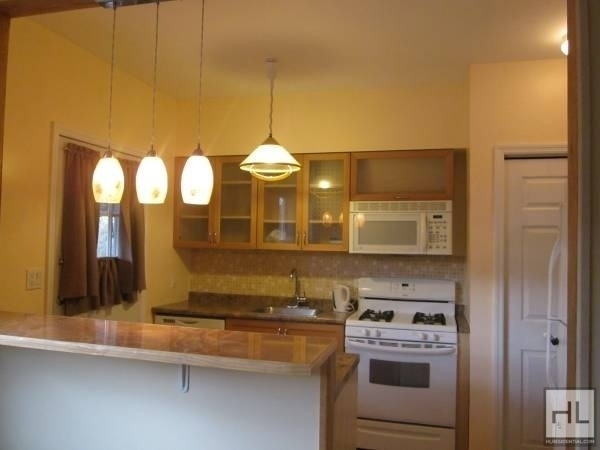 3 Bedrooms, Marine Park Rental in NYC for $2,900 - Photo 1