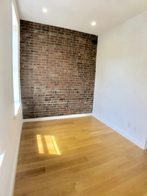 3 Bedrooms, Chinatown Rental in NYC for $4,900 - Photo 2