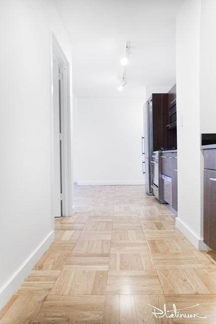 2 Bedrooms, Financial District Rental in NYC for $4,642 - Photo 2