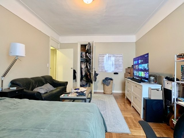 2 Bedrooms, Flatbush Rental in NYC for $2,495 - Photo 2