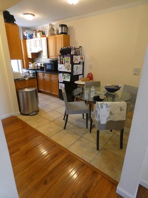 3 Bedrooms, Astoria Rental in NYC for $3,195 - Photo 2