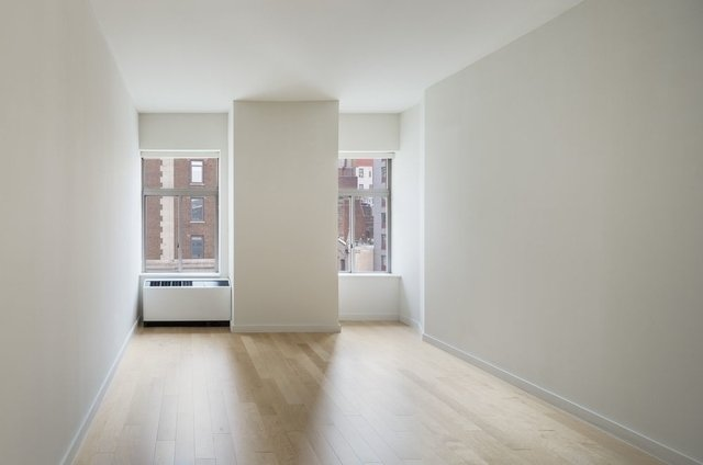2 Bedrooms, Financial District Rental in NYC for $4,968 - Photo 2