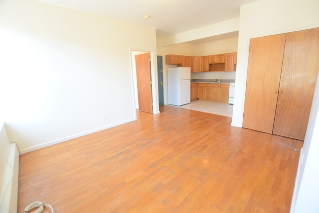 1 Bedroom, East Williamsburg Rental in NYC for $1,950 - Photo 2