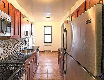 1 Bedroom, Sunnyside Rental in NYC for $3,000 - Photo 1