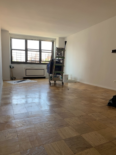 3 Bedrooms, Upper East Side Rental in NYC for $6,850 - Photo 1