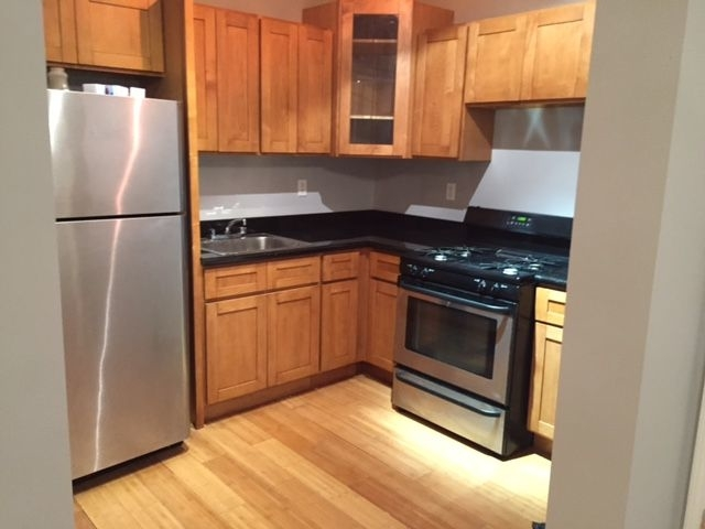 3 Bedrooms, Bushwick Rental in NYC for $2,750 - Photo 2