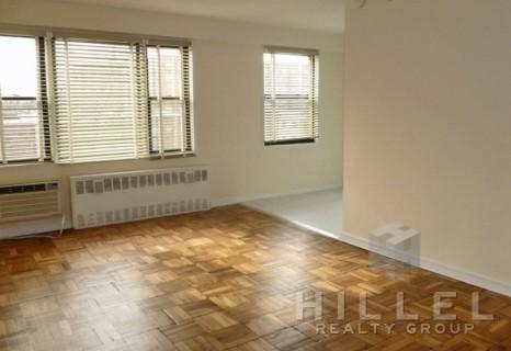 Studio, Rego Park Rental in NYC for $1,810 - Photo 2