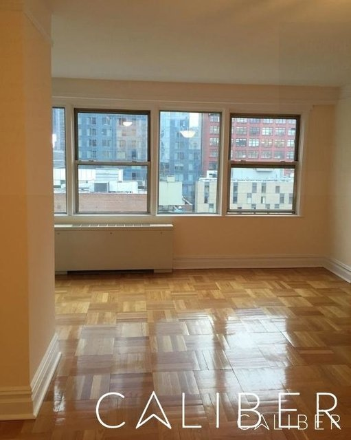 2 Bedrooms, Hell's Kitchen Rental in NYC for $3,495 - Photo 1