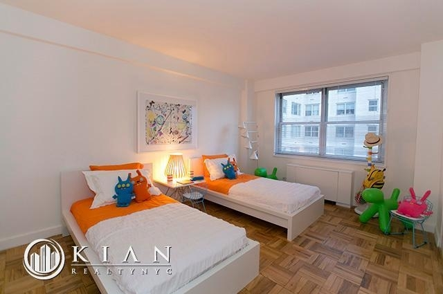 3 Bedrooms, Murray Hill Rental in NYC for $9,321 - Photo 2