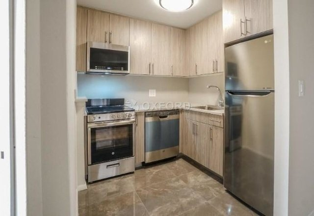 3 Bedrooms, Rose Hill Rental in NYC for $4,600 - Photo 2