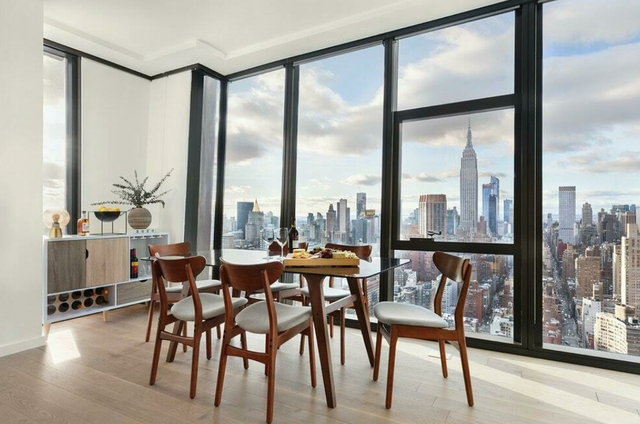 3 Bedrooms, Murray Hill Rental in NYC for $14,300 - Photo 1