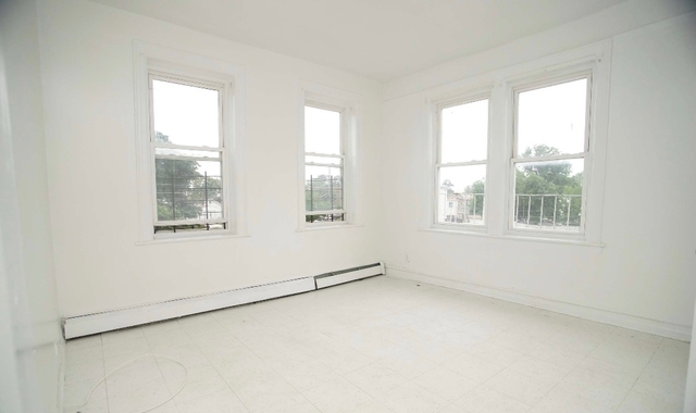 1 Bedroom, Harding Park Rental in NYC for $1,450 - Photo 2