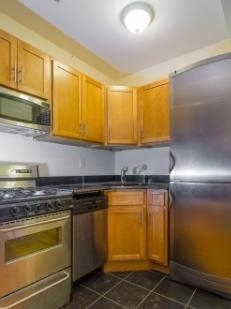 1 Bedroom, East Village Rental in NYC for $3,095 - Photo 2