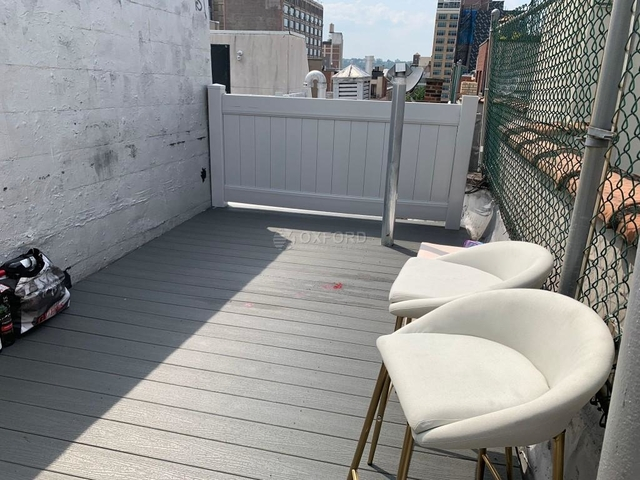 2 Bedrooms, Hell's Kitchen Rental in NYC for $3,995 - Photo 1