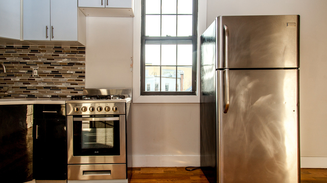 3 Bedrooms, East Williamsburg Rental in NYC for $3,649 - Photo 2