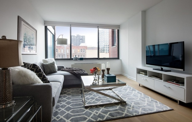 1 Bedroom, Chelsea Rental in NYC for $4,905 - Photo 2