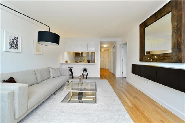 1 Bedroom, Upper East Side Rental in NYC for $4,550 - Photo 2