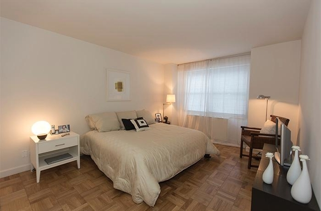 2 Bedrooms, Upper East Side Rental in NYC for $6,995 - Photo 2
