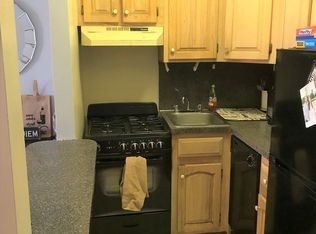 3 Bedrooms, Hell's Kitchen Rental in NYC for $4,250 - Photo 2