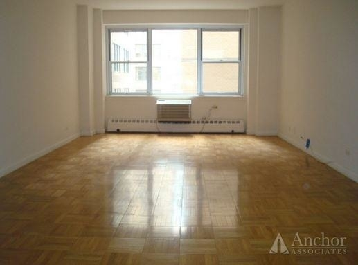 1 Bedroom, Turtle Bay Rental in NYC for $3,591 - Photo 2