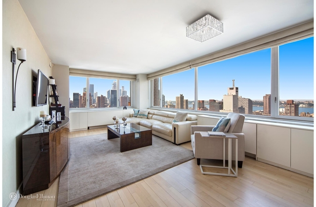 2 Bedrooms, Hell's Kitchen Rental in NYC for $8,750 - Photo 1
