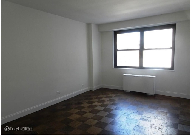 2 Bedrooms, Gramercy Park Rental in NYC for $7,400 - Photo 2