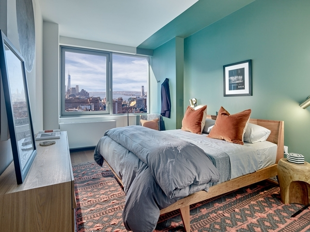 3 Bedrooms, Chelsea Rental in NYC for $12,840 - Photo 2