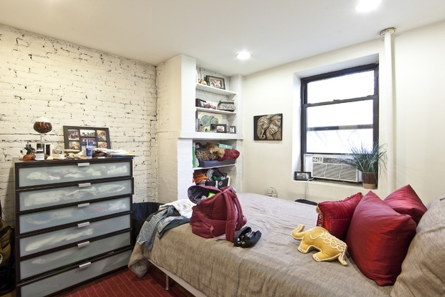 5 Bedrooms, Turtle Bay Rental in NYC for $6,400 - Photo 2