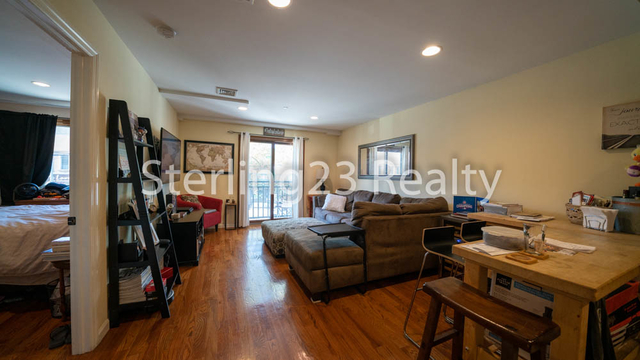 1 Bedroom, Ditmars Rental in NYC for $2,250 - Photo 2