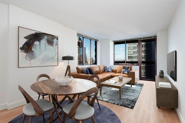 1 Bedroom, Theater District Rental in NYC for $4,170 - Photo 2