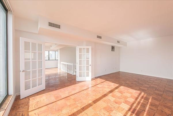 2 Bedrooms, Rose Hill Rental in NYC for $6,561 - Photo 1