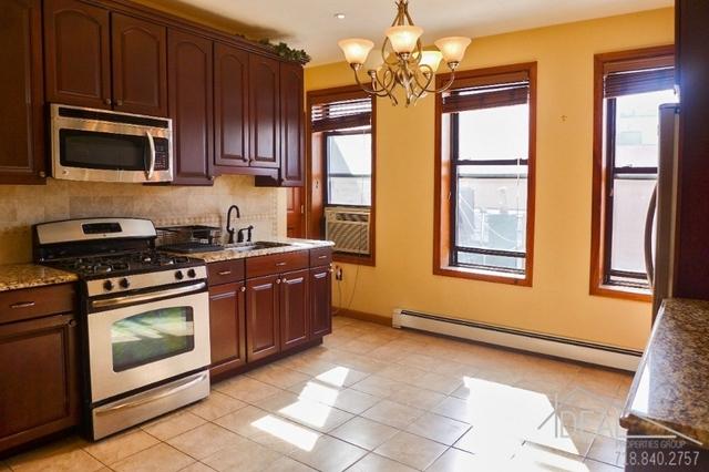 2 Bedrooms, Gowanus Rental in NYC for $2,700 - Photo 2