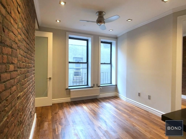 2 Bedrooms, East Village Rental in NYC for $5,195 - Photo 2