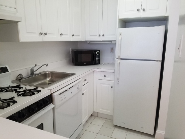 Loft, NoHo Rental in NYC for $3,055 - Photo 2