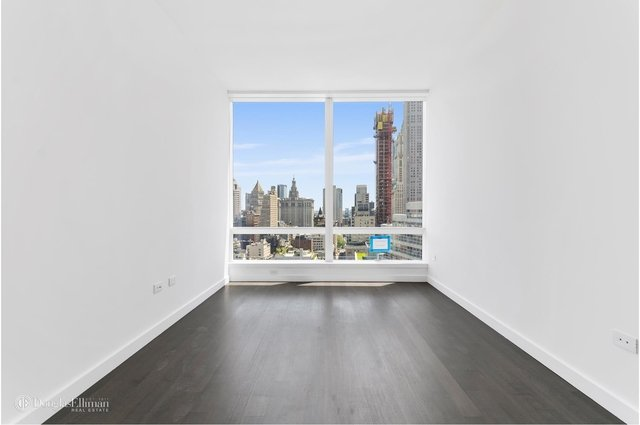 2 Bedrooms, Tribeca Rental in NYC for $6,150 - Photo 1