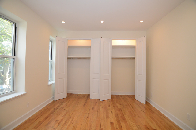 3 Bedrooms, Flatbush Rental in NYC for $2,599 - Photo 2