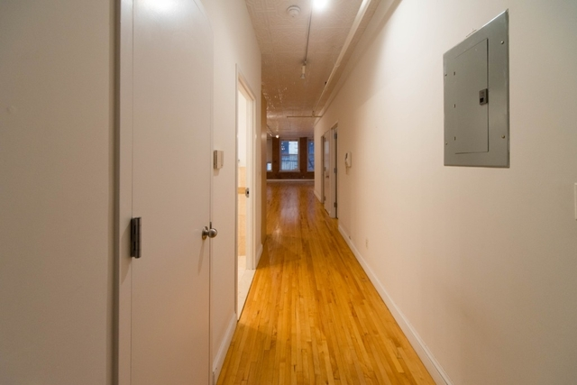 1 Bedroom, Financial District Rental in NYC for $5,053 - Photo 2