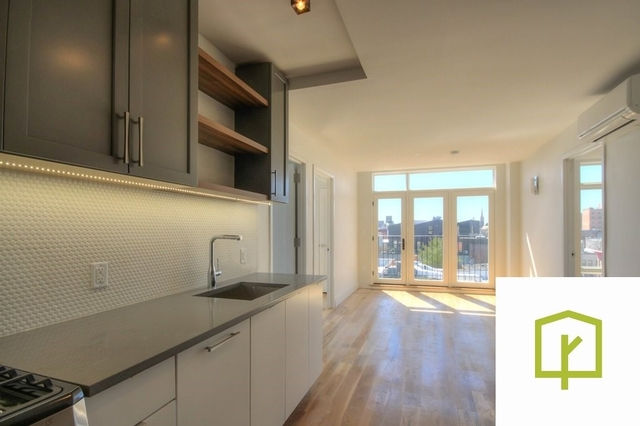 3 Bedrooms, East Williamsburg Rental in NYC for $3,780 - Photo 1