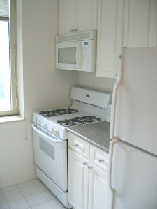 Studio, Theater District Rental in NYC for $3,372 - Photo 2
