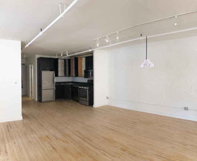1 Bedroom, Financial District Rental in NYC for $5,041 - Photo 2