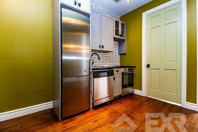 3 Bedrooms, East Williamsburg Rental in NYC for $3,699 - Photo 1