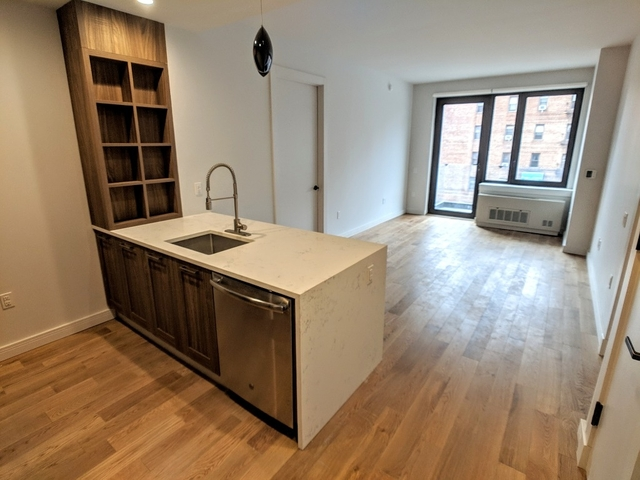 2 Bedrooms, Midwood Rental in NYC for $2,819 - Photo 1