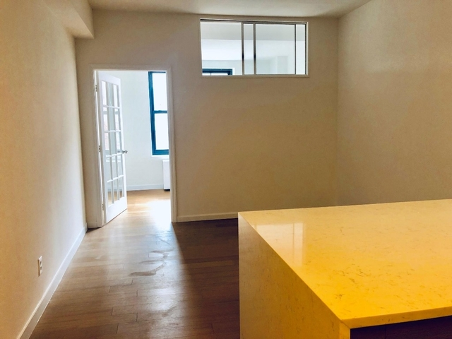 3 Bedrooms, NoHo Rental in NYC for $8,000 - Photo 2