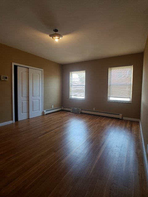 2 Bedrooms, Astoria Heights Rental in NYC for $2,300 - Photo 1
