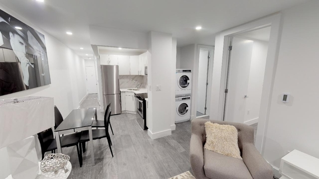 Room, Washington Heights Rental in NYC for $963 - Photo 2