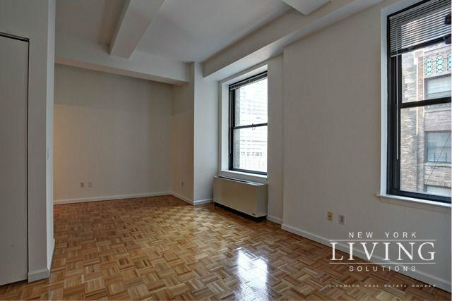 Studio, Financial District Rental in NYC for $2,705 - Photo 2